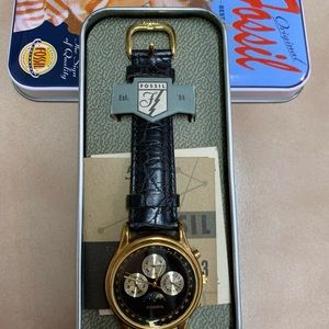 •FOSSIL Mens worldwide moonphase Chronograph Watch